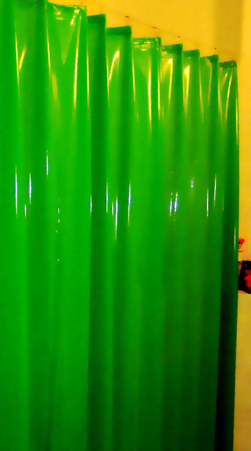 Latex-Vorhang nach Wunsch